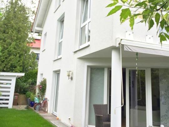 Hochwertige Doppelhaushälfte in ruhiger Wohnlage Baierbrunn