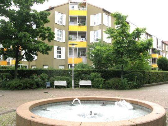 Großzügige und helle Maisonette mit Wintergarten in Nymphenburg/Gern